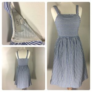 EUC Loft XS striped dress with some stretch